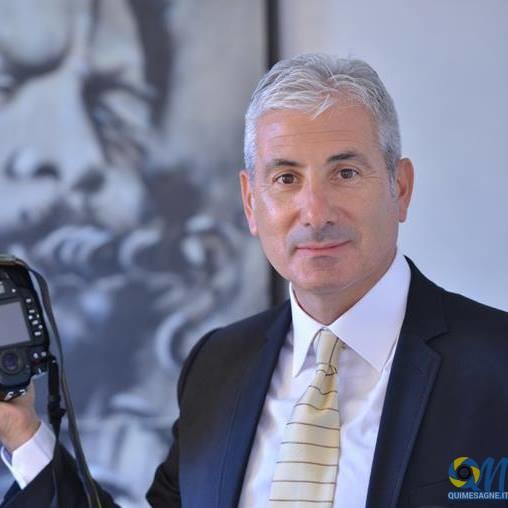Enzo Neve Fotografo riceve uno dei premi Wedding Awards 2017