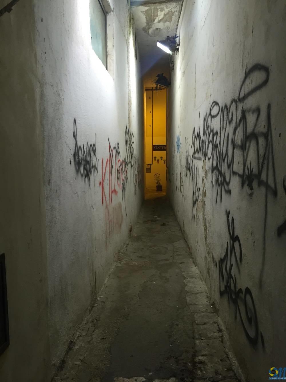 UFFICIO RECLAMI – Il 'corridoio' dell'inciviltà mesagnese