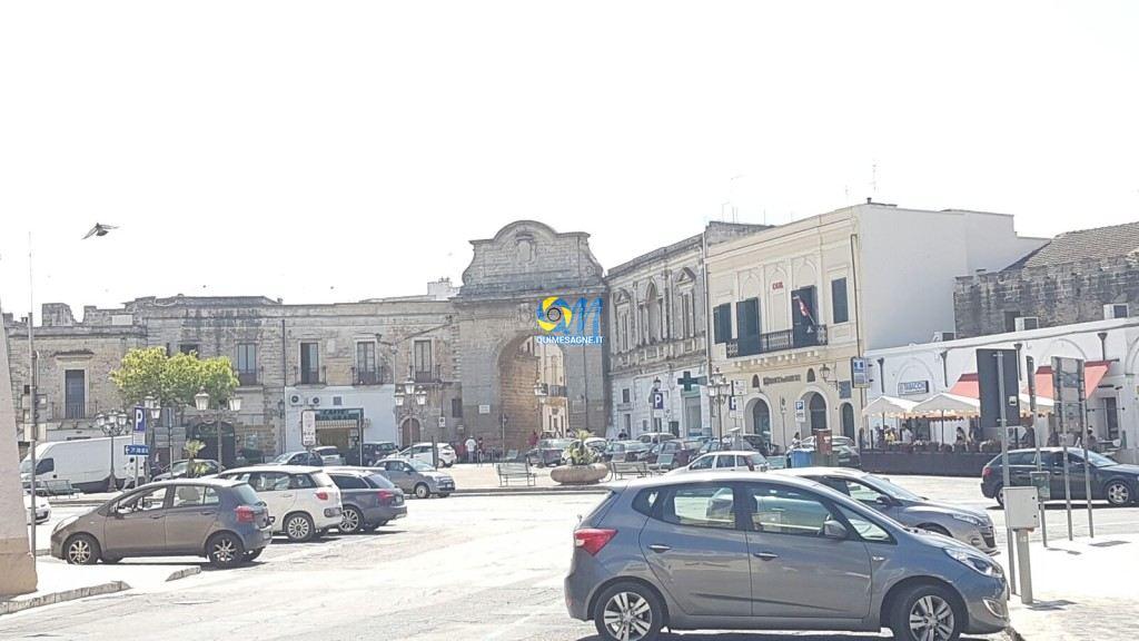 Raccolta fondi per restaurare Porta Grande