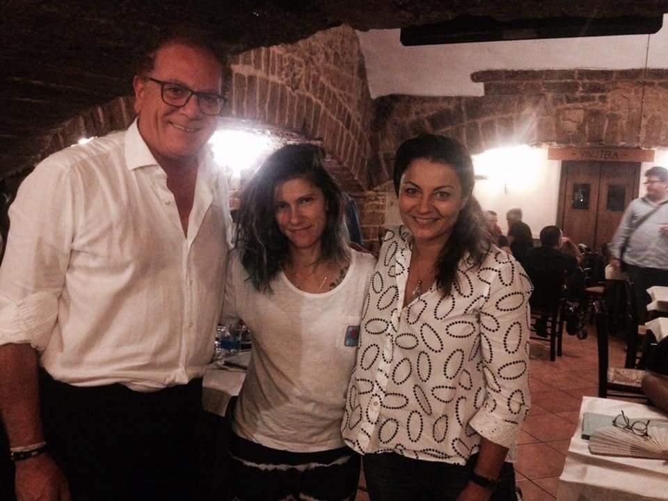 Elisa gira un videoclip al Castello di Mesagne