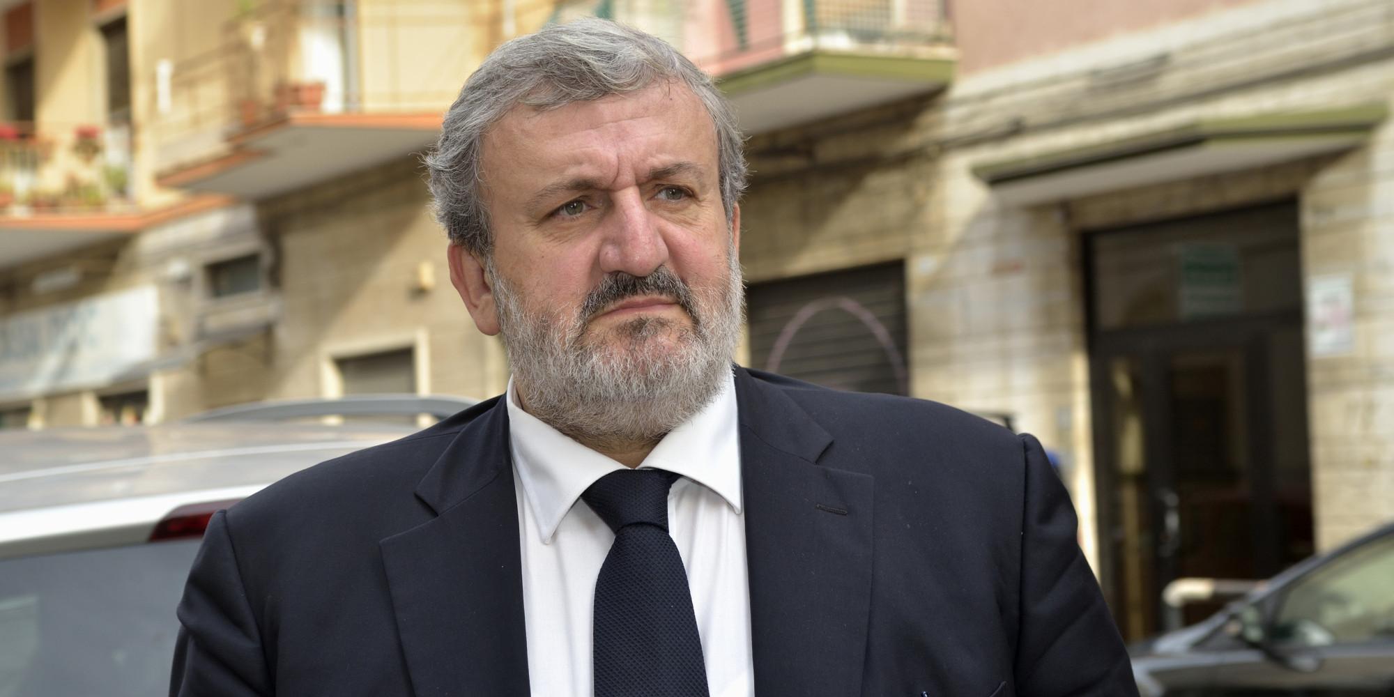 """Referendum, Mercoledì 23 novembre Michele Emiliano in """"Dialogo sulla Costituzione"""""""