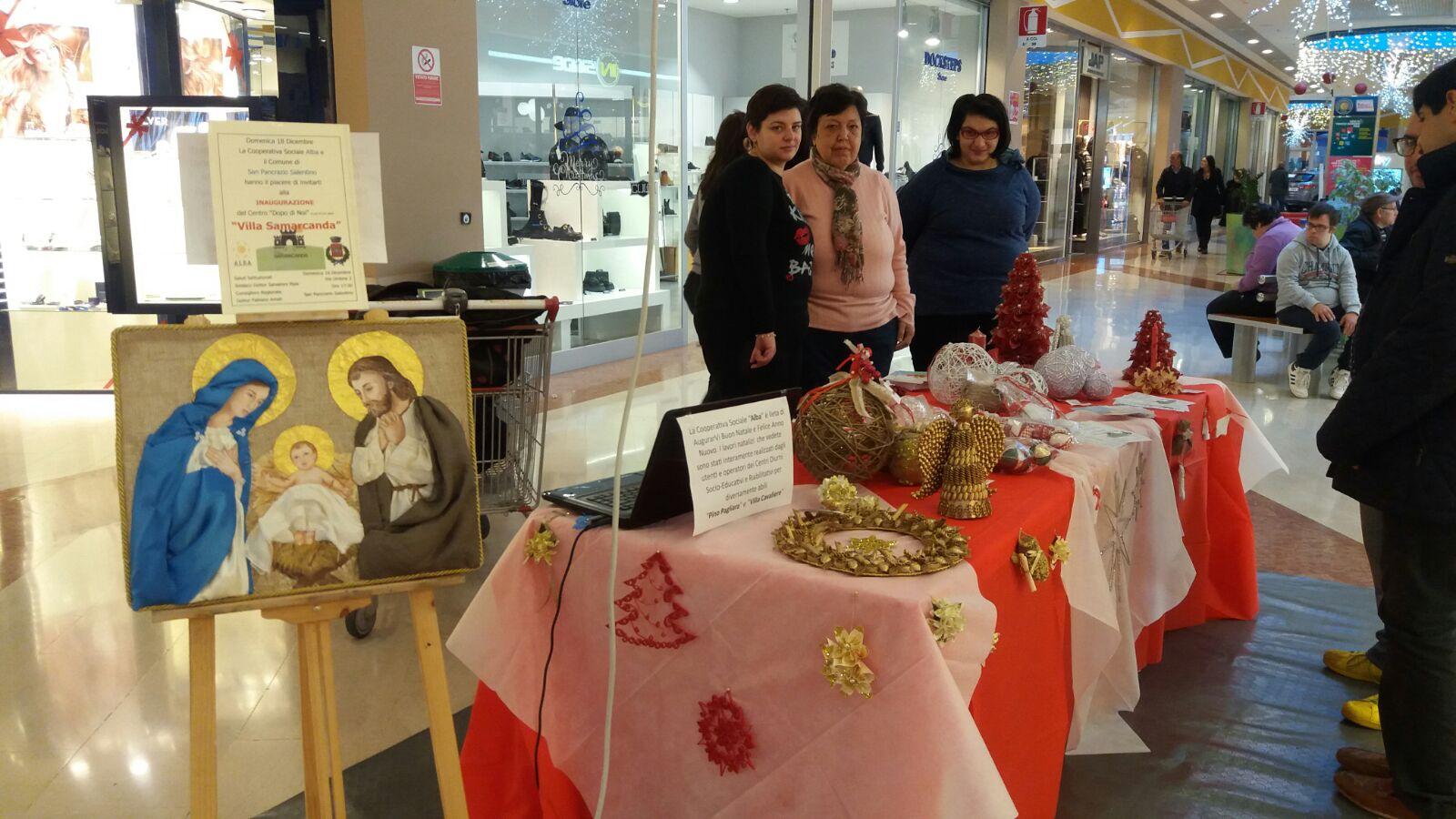 Nella Galleria Auchan per far conoscere l'impegno della Cooperativa Alba con i disabili