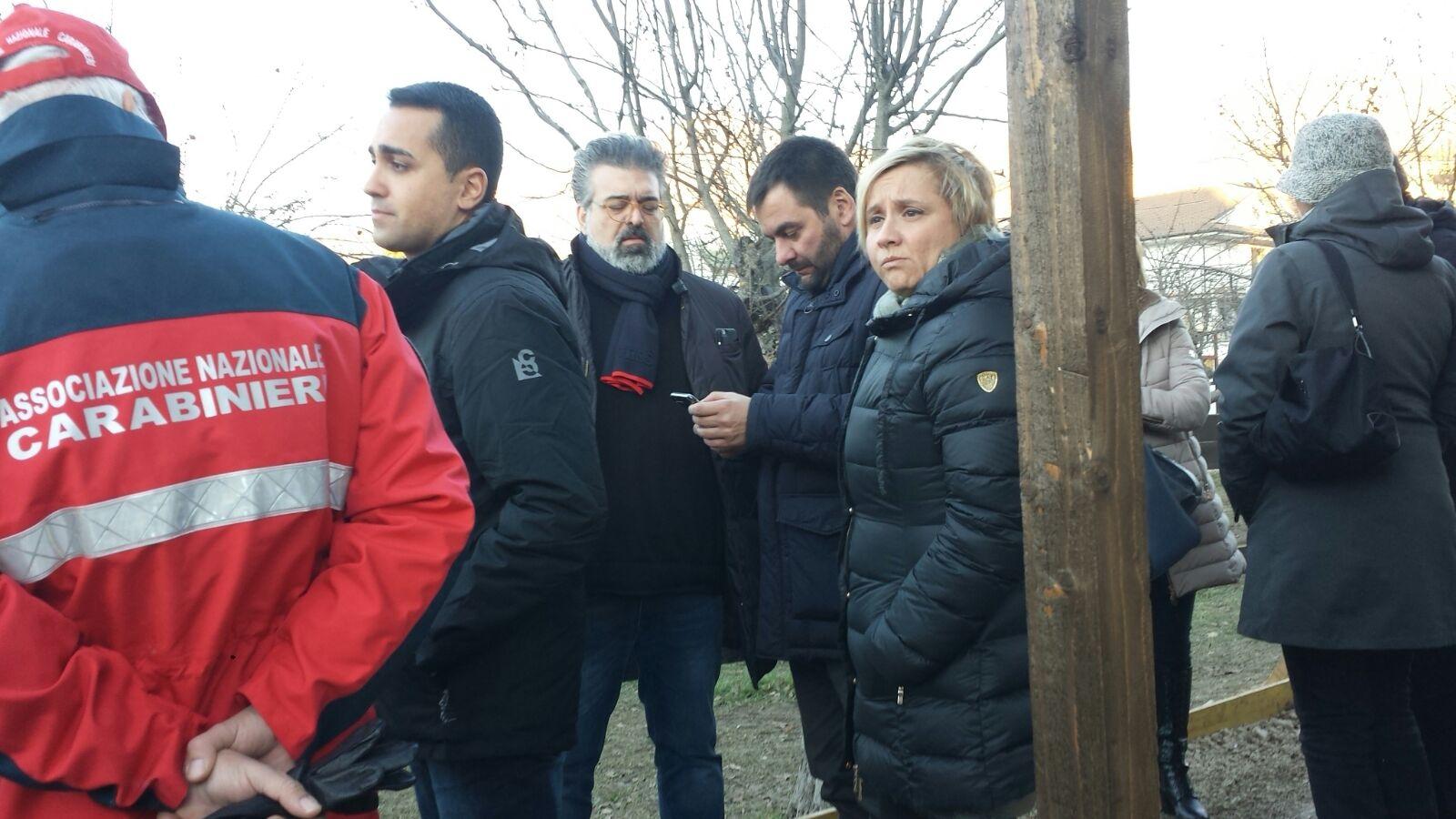 Toni Matarrelli e altri parlamentari ad Amatrice tra i terremotati