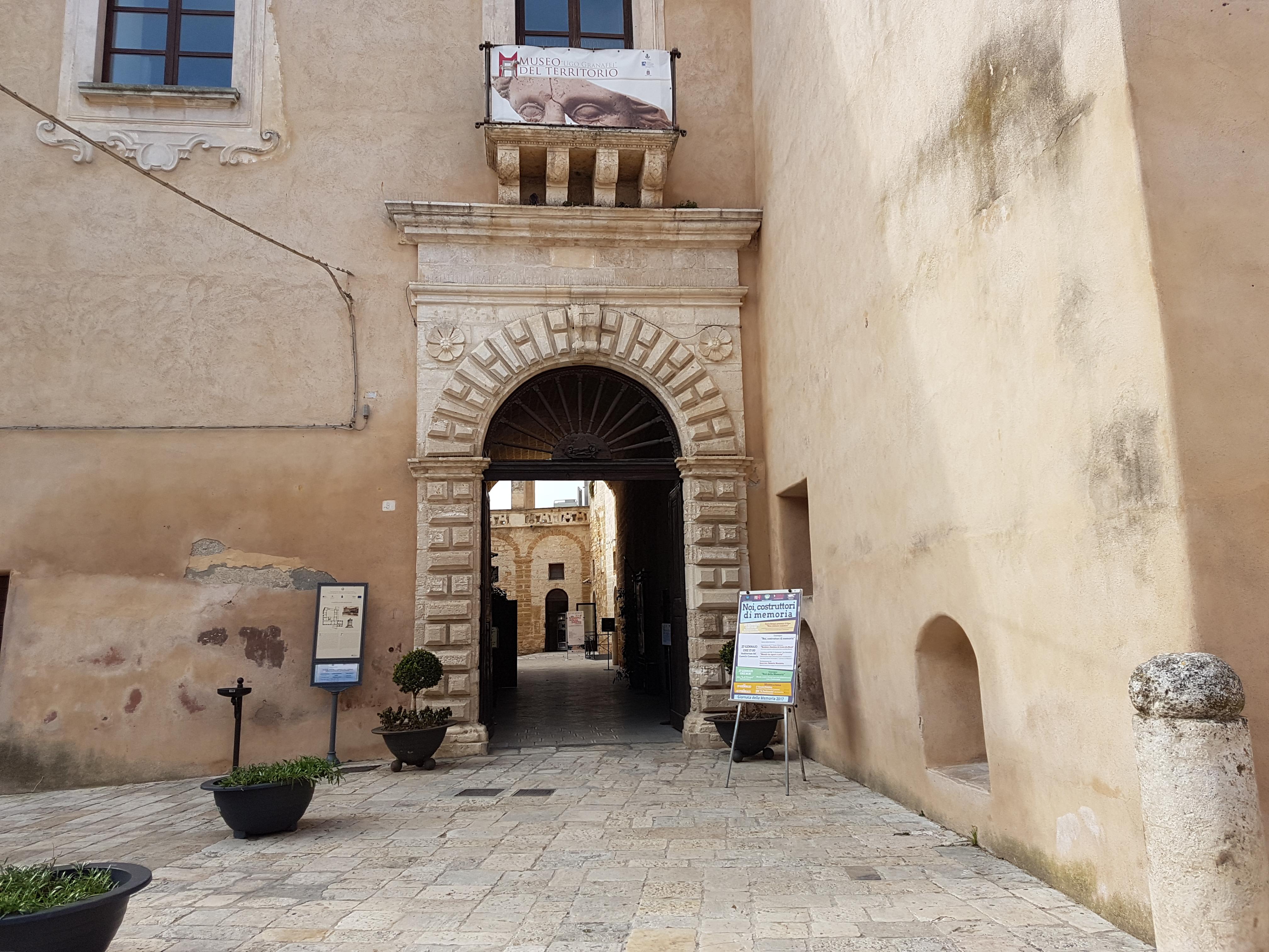 Visita a sorpresa dei Carabinieri nel Museo del Territorio di Mesagne