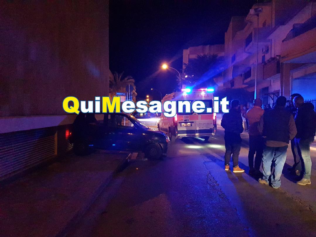 Spettacolare incidente nei pressi della chiesa di Sant'Antonio