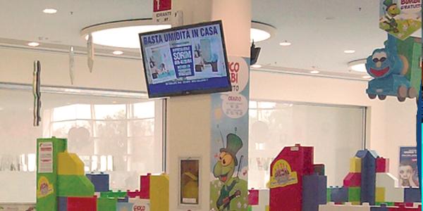 UFFICIO RECLAMI – Mio figlio rifiutato dal baby park del Centro Commerciale perchè troppo basso