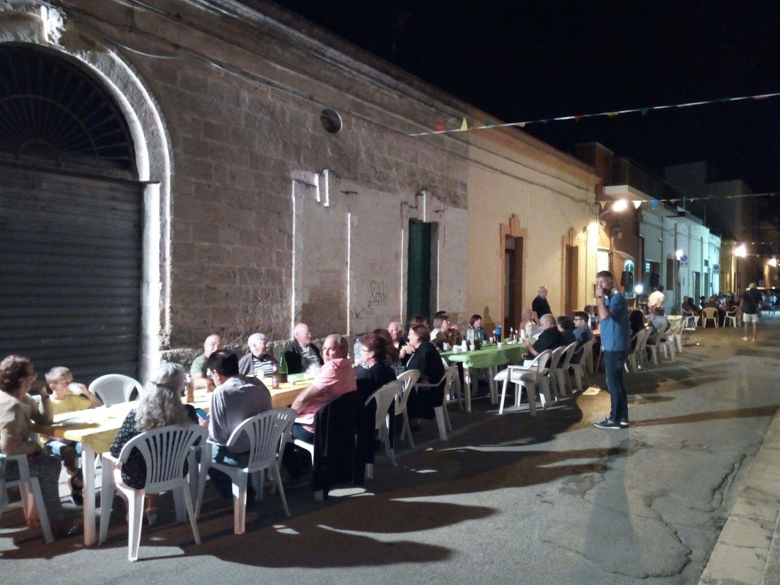 Via Orazio, festa col botto per la chiusura dell'estate