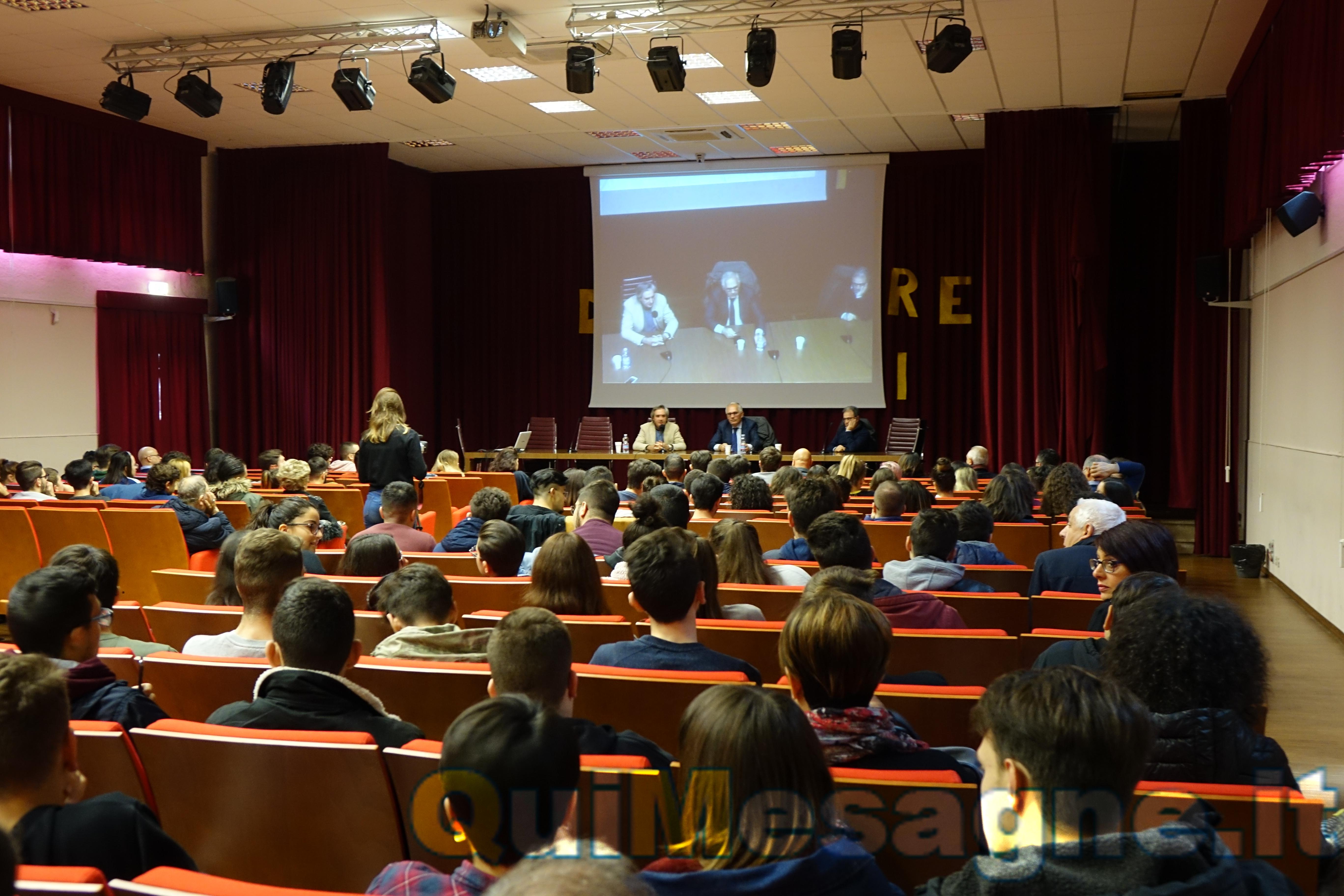 Chi e perchè ha ucciso Aldo Moro? Gli studenti incontrano l'On. Gero Grassi