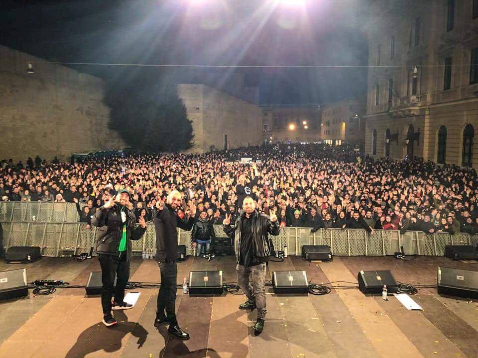 Un successone il concerto dei Boomdabash a Lecce nella notte di Capodanno