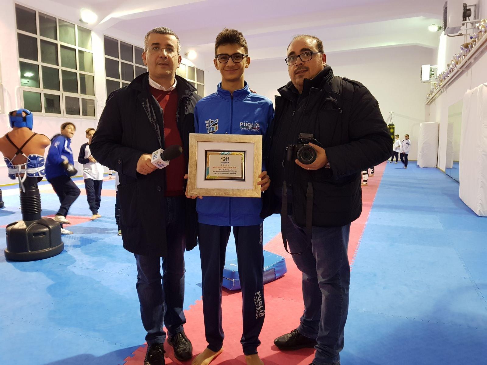 Consegnato a Vito Dell'Aquila il riconoscimento di Mesagnese dell'anno 2017