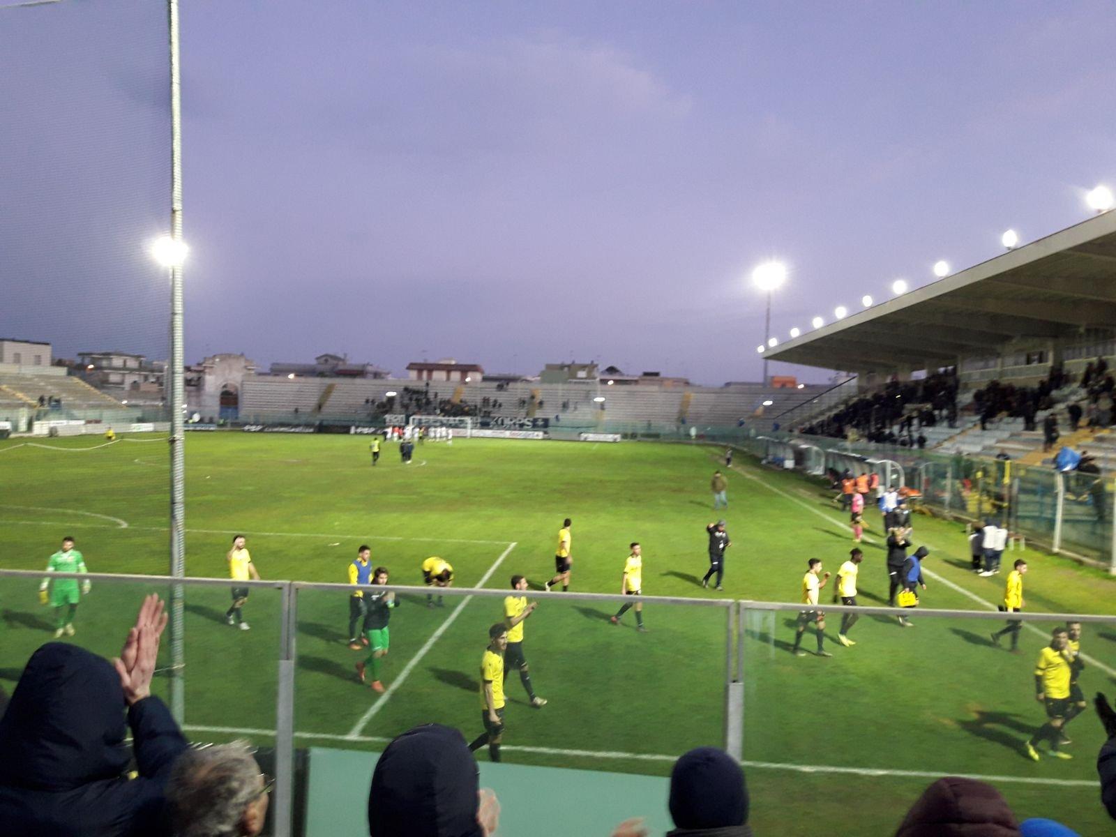 Mesagne calcio, una rete a testa al Fanuzzi contro il Brindisi