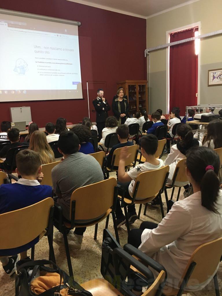 Latiano: i Carabinieri incontrano gli studenti