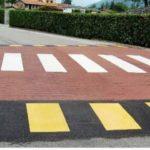 UFFICIO RECLAMI – Mettete i catadiottri ai passaggi pedonali rialzati
