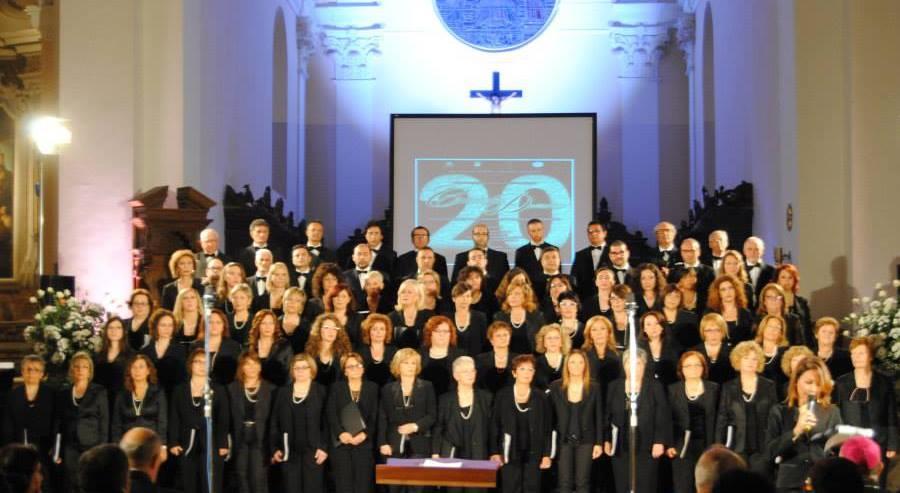 """""""IN CORDIS JUBILO"""" Il Coro San Leucio festeggia i suoi 25 anni di fondazione con una rassegna musicale"""