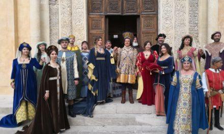 """I Costumi della Meghy per la trasmissione """"Mezzogiorno in Famiglia"""" di Galatina"""
