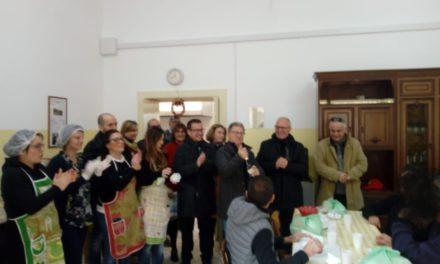 Politici comunali chef per un giorno alla Casa di Zaccheo