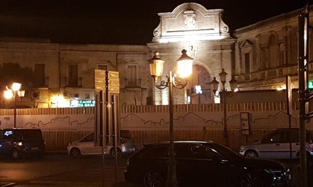 UFFICIO RECLAMI – Accendete le luci in Piazza Vittorio Emanuele