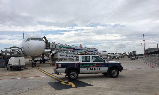 """Aeroporti di Puglia chiarisce sui """"secchi d'acqua"""" ad un aereo dopo il gelo"""