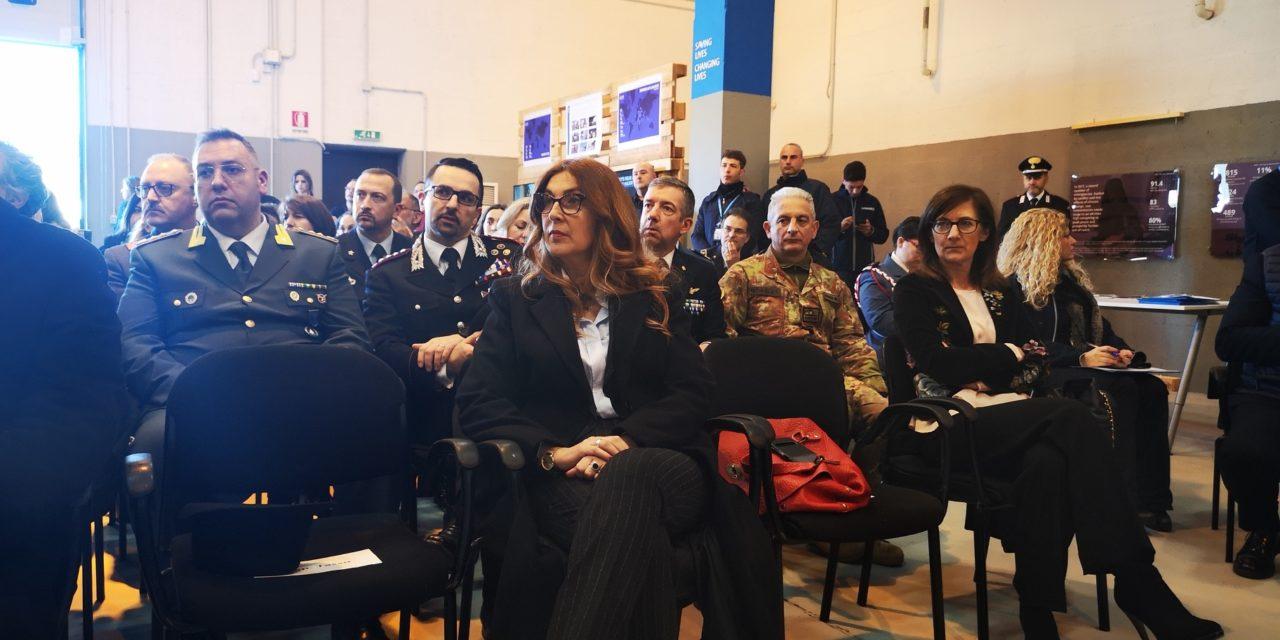 Delegazione Ue in visita alla base UNHRD