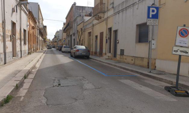 Aumentano i parcheggi a pagamento come le buche nelle strade, i residenti protestano